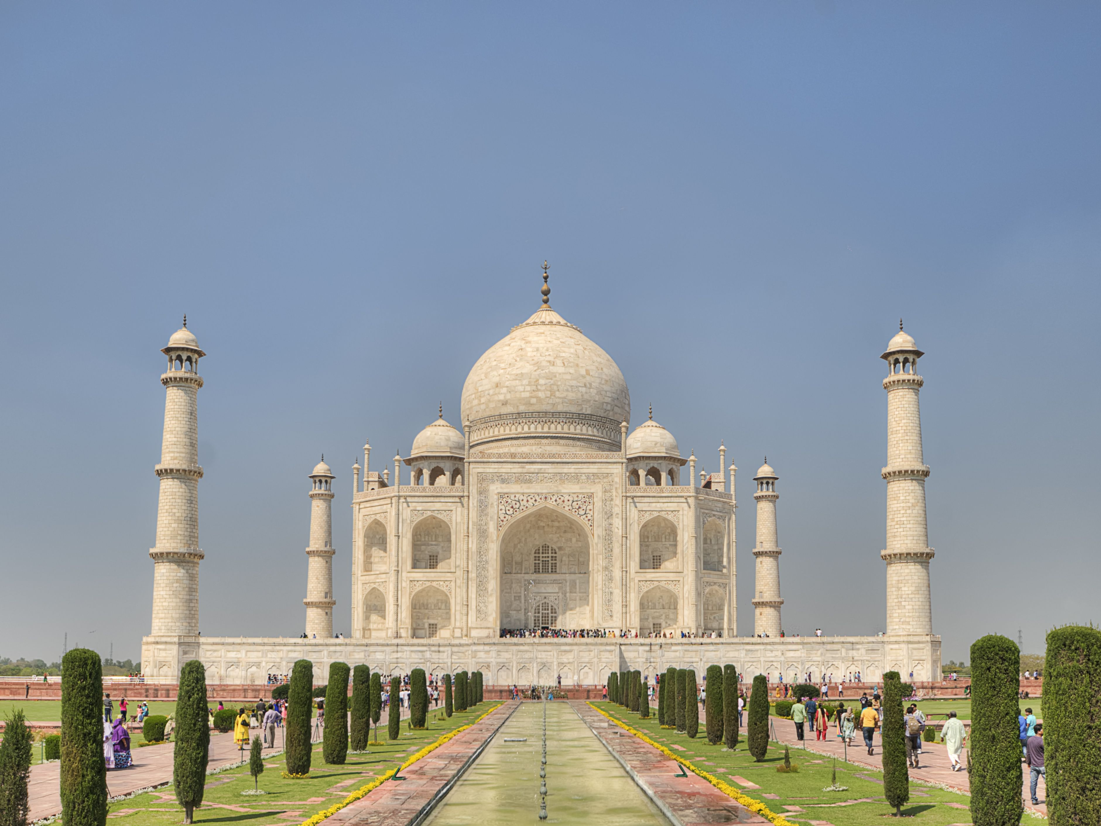 Some World's Best Landmarks that You Online Gambling Fans Have to Visit